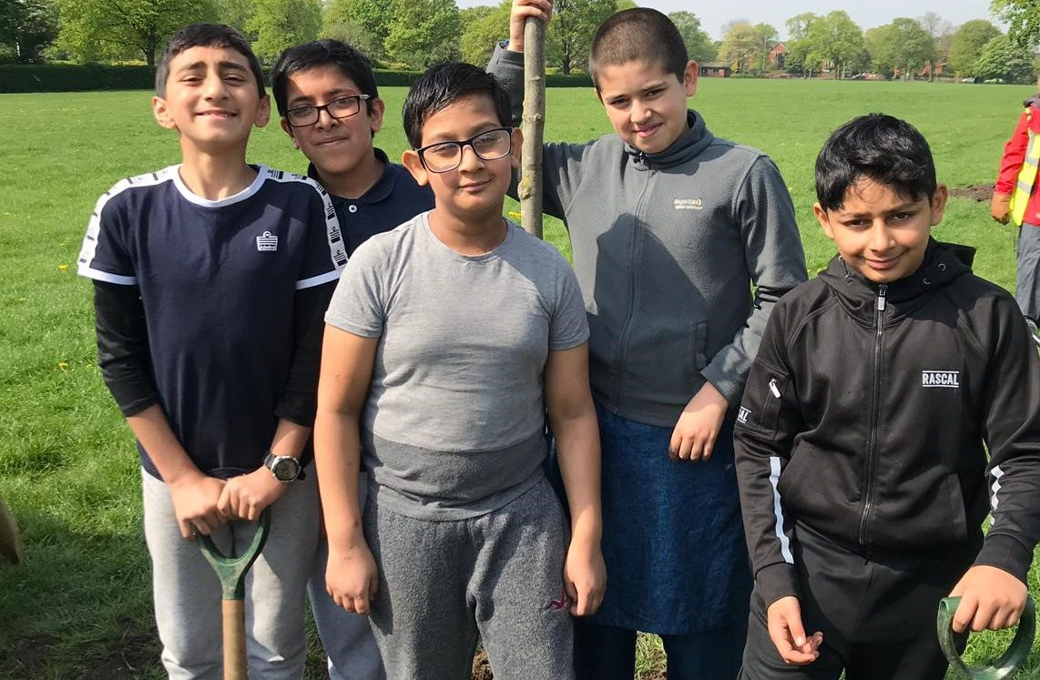 Pupils branch out to plant trees in Moor Park